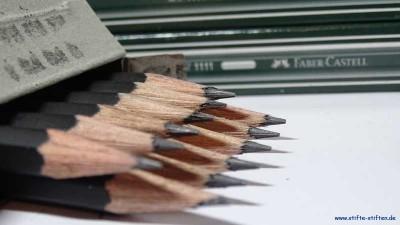 Gespendete Bleistifte für die Initiative