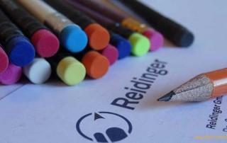 Gespendete Bleistifte und Buntstifte der Firma Reidinger