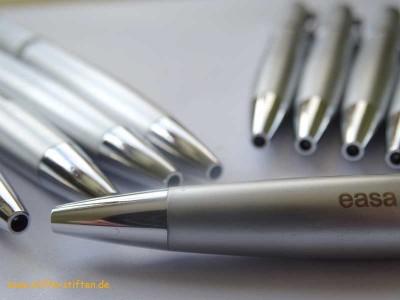 Kugelschreiber aus EASA-Werbebestand für Kinder in Afrika