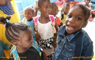 Stifte für die Kinder in Mauretanien