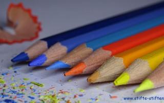 Stifte stiften verbindet
