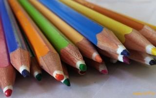 Soziales Engagement mit Stifte stiften